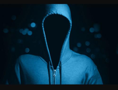 Uscire dall'anonimato e mai spettatori.